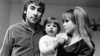 Mandy Moon with father Keith and mother Kim in 1968