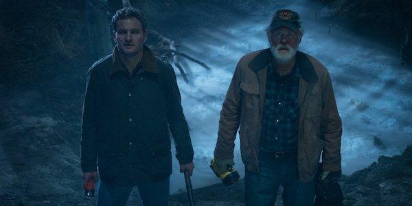 Jon Lithgow and Jason Clarke in Pet Sematary