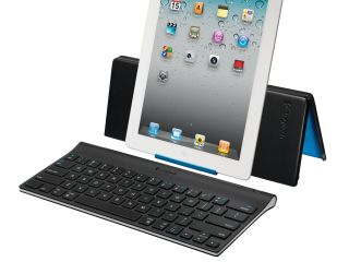 iPad 2 keyboard and stand