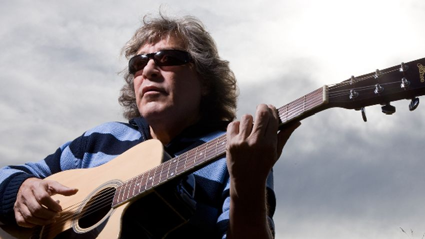 Jose Feliciano talks acoustic guitars and a lifetime of making music