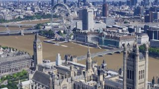 Take a flight around Big Ben with Google Maps' stunning 3D model of old London town