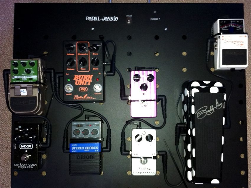 grid 1 unveils pedal jeanie jr battery powered pedalboard musicradar. Black Bedroom Furniture Sets. Home Design Ideas