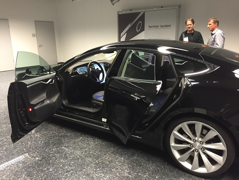 How Tesla Developed The In Car Audio System For The Model S Saloon
