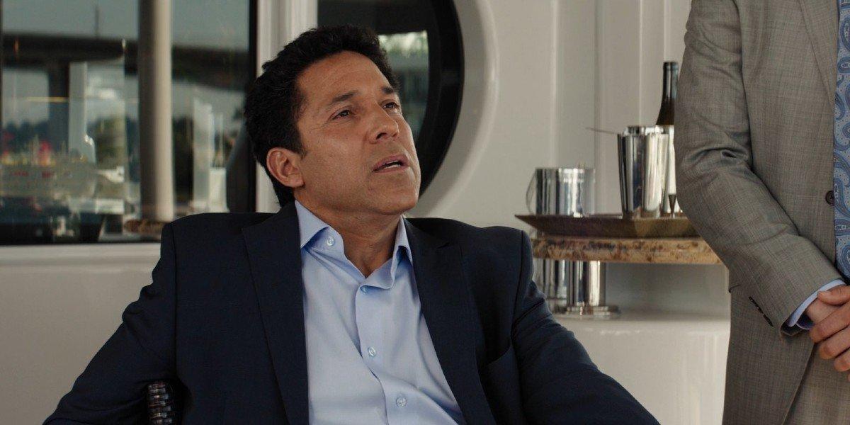 Oscar Nunez - Baywatch (2017)