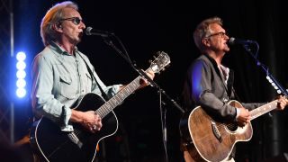[L-R] Dewey Bunnell and Gerry Beckley of America
