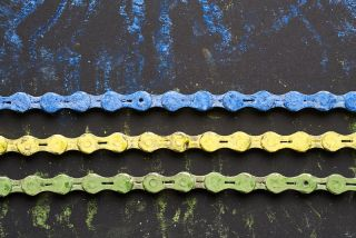 Deceuninck QuickStep yellow and green coloured chain