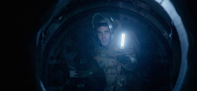 Life Jake Gyllenhaal holds an oxygen candle
