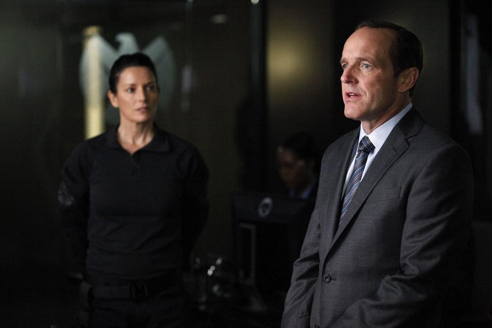 Agents Of S.H.I.E.L.D. Providence Trailer And Photos Tease A Big Reveal And Patton Oswalt #31053