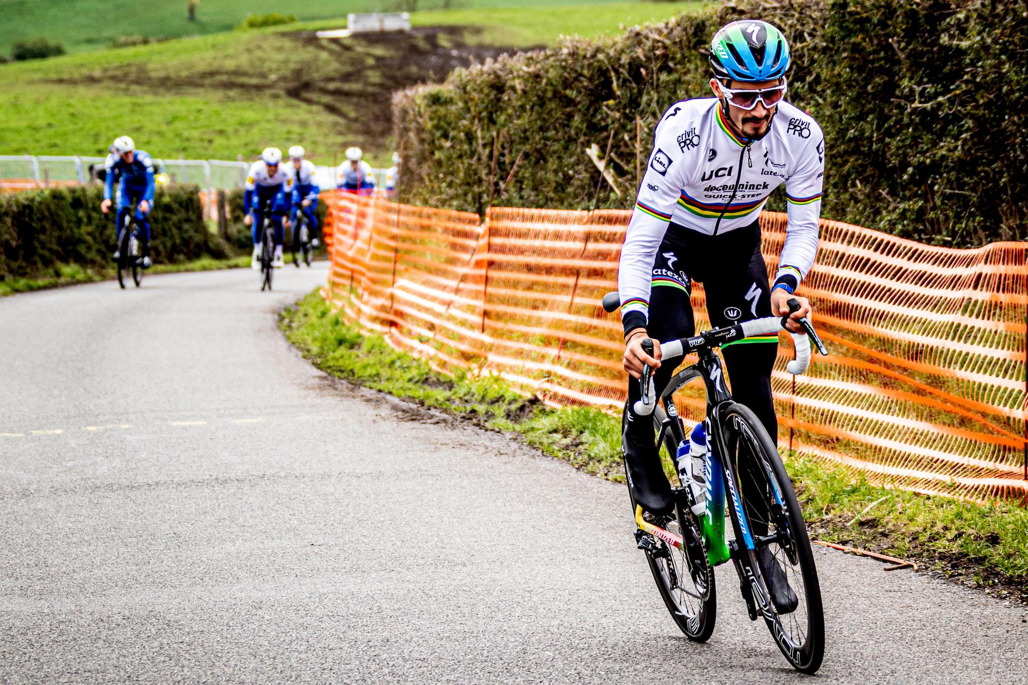 Julian Alaphilippe unveils rainbow jersey and custom Specialized Tarmac SL7 ahead of Liège-Bastogne-Liège 2020 - Cycling Weekly