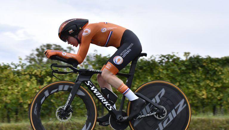 Anna van der Breggen on her way to World Championship victory in 2020
