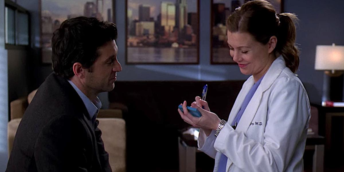 Grey's Anatomy Derek Shepherd and Meredith Grey sign their Post-It wedding
