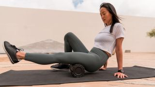 Therabody's new vibrating foam roller helps release muscle tension after exercise - here's how