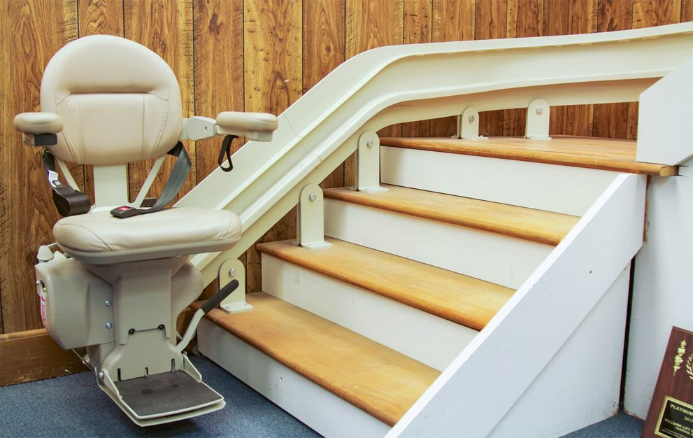 Best Stairlifts 2019 - Straight and Curved Chair-Lift Reviews | Top