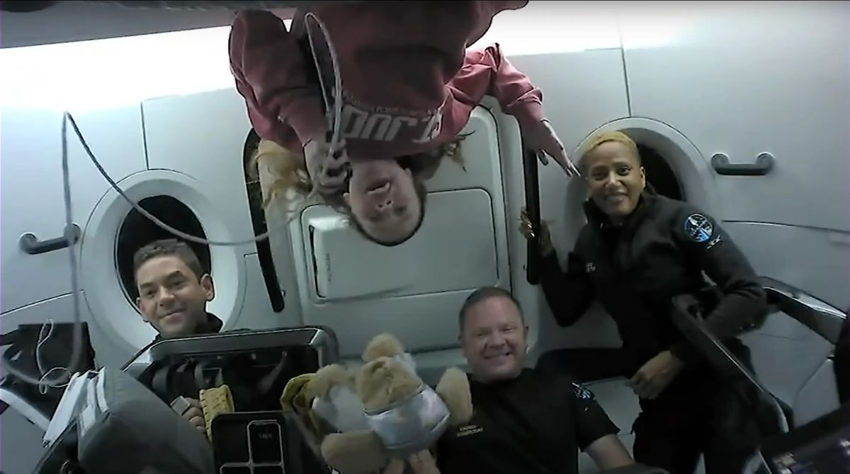 SpaceX's private Inspiration4 astronauts had some toilet trouble in space