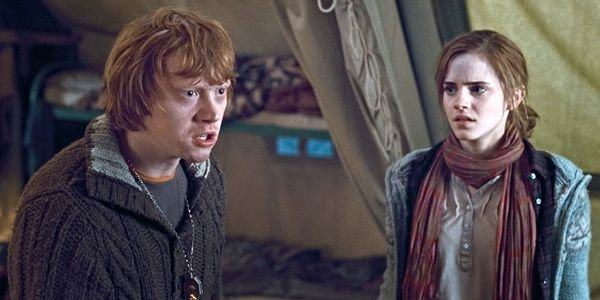 Rupert Grint and emma Watson in Harry Potter