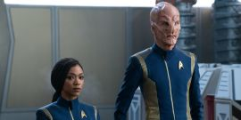 Is Star Trek: Discovery Justifying The Crew's New Role In Starfleet Suspicious Or A Plot Hole?