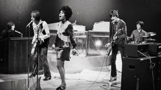 PP Arnold on stage with the Small Faces: (l-r) Ian McLagan, Steve Marriott, PP, Ronnie Lane and Kenney Jones