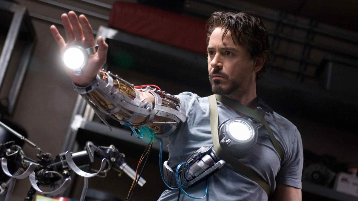 Tony Stark-wannabe creates haptic VR gloves for only $22 in parts