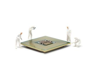 people lifting a cpu