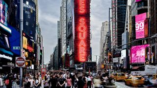 Samsung Electronics recently completed an expansive five-screen LED display installation on One Times Square using the company's SMART LED Signage XPS Series.