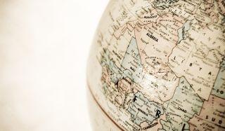 globe-110203-02