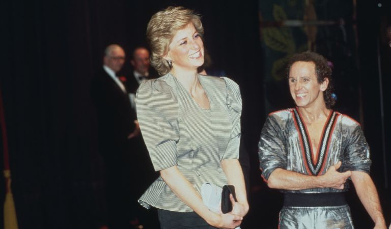 Diana, Princess of Wales (1961 - 1997) with dancer Wayne Sleep after a performance of 'Song and Dance' at the Bristol Hippodrome, Bristol, England, April 1988.