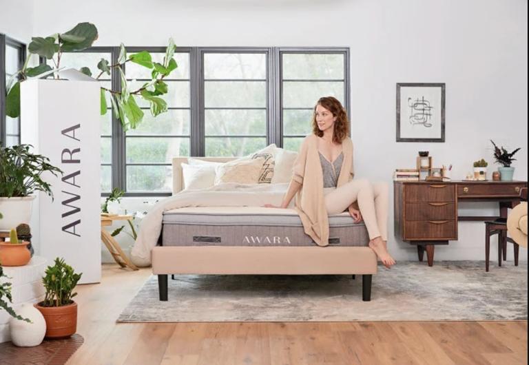 Awara Organic Luxury Hybrid Mattress