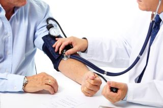 blood pressure, doctor, white coat, measure blood pressure, doctor's visit