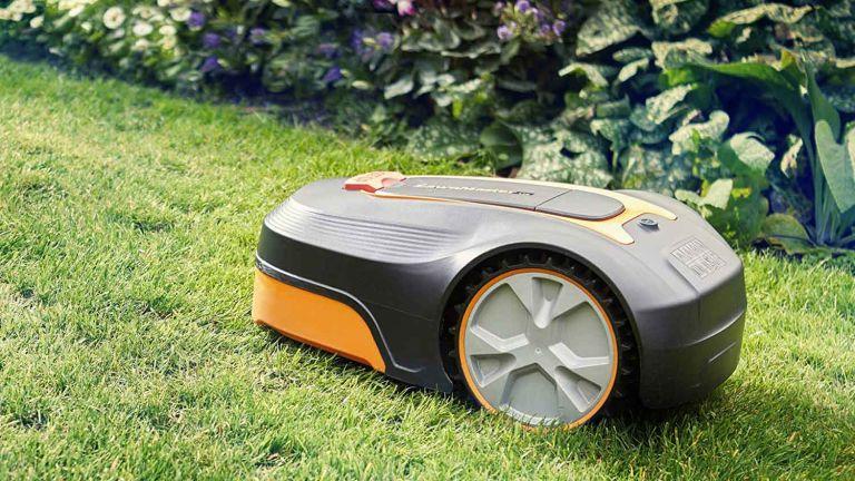Lawnmaster L10 Robot Lawnmower