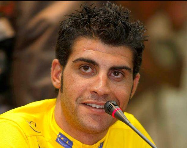 Oscar Pereiro Tour de France 2005 winner.jpg