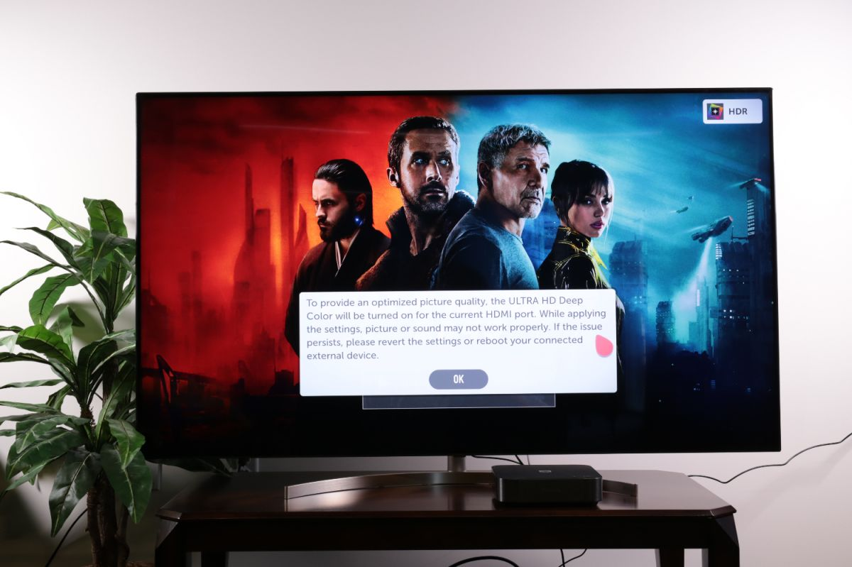 How to connect devices to your LG TV - LG TV Settings Guide 2018
