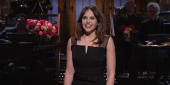 SNL: Watch Felicity Jones Reunite With Rogue One Characters For The Opening