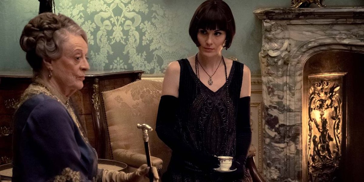 Maggie Smith and Lady Mary in final Downton Abbey Scene