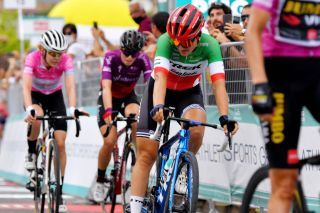 Elisa Longo Borghini in second place on stage 7 at the Giro d'Italia Donne
