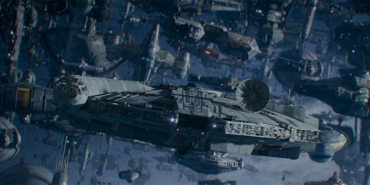 Star Wars The Rise of Skywalker Millenium Falcon