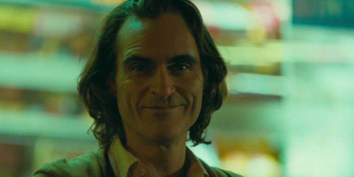 Arthur smiling in Joker