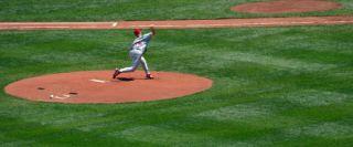 baseball-pitcher-100702-02
