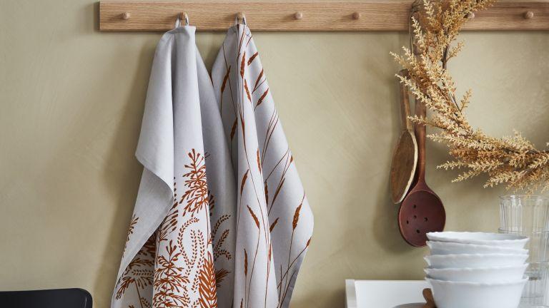 Tea towels from IKEA's Höstkväll autumn collection