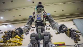 In Photos: Russia's Humanoid Skybot Robot for Space