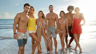 How to watch Siesta Key season 3 online