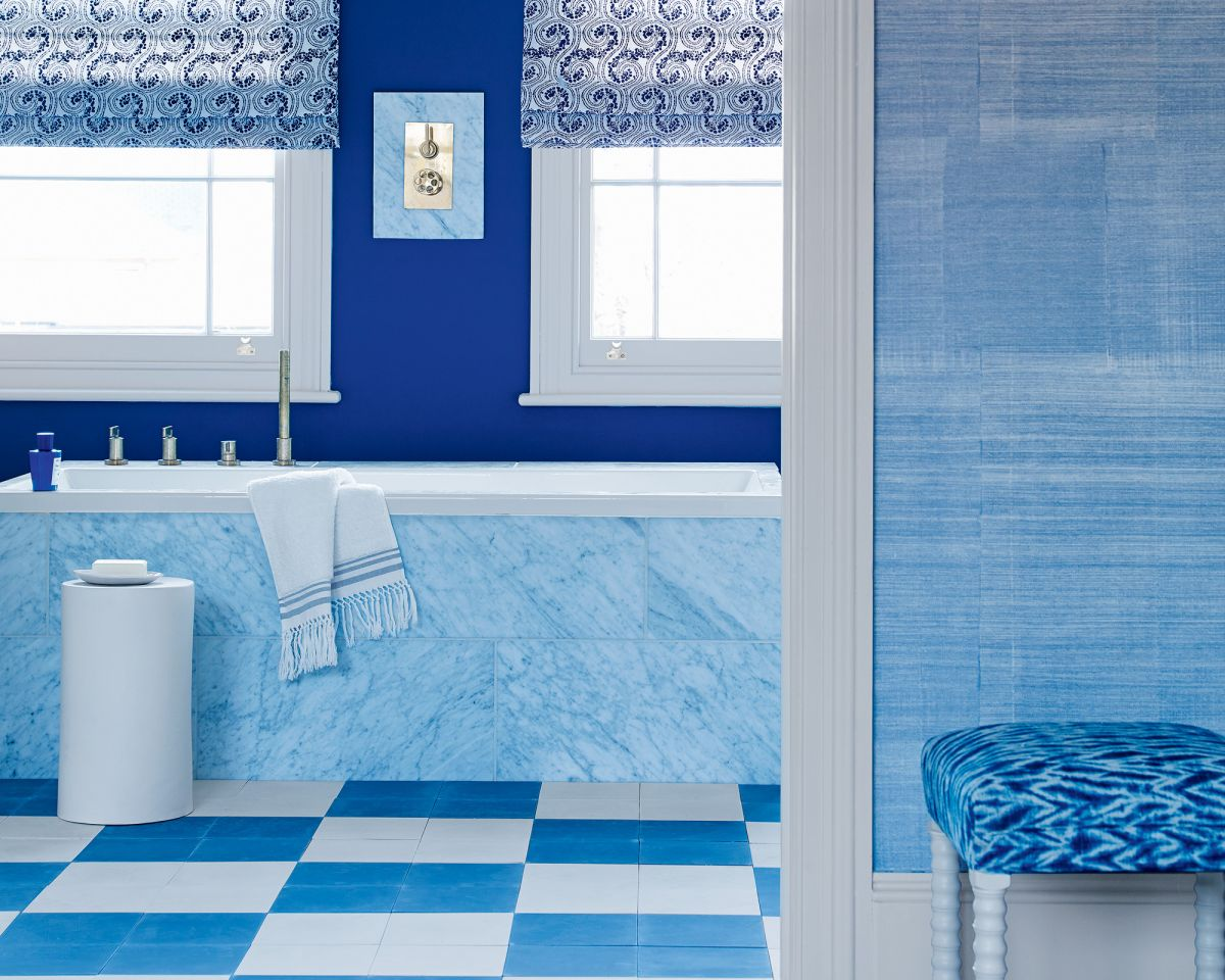 Be inspired by this round up of the best paint colors and schemes for your bathroom