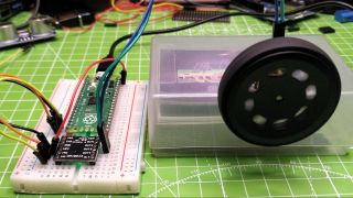 Raspberry Pi Pico With DC Motors