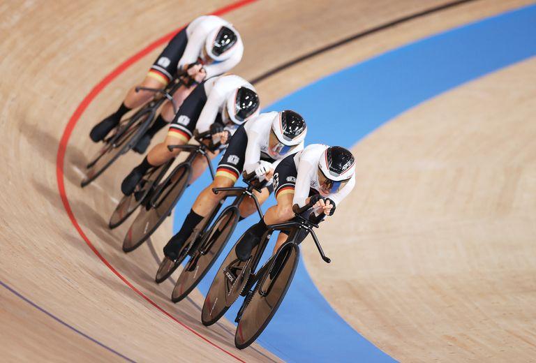 The German women team pursuit squad at Tokyo 2020