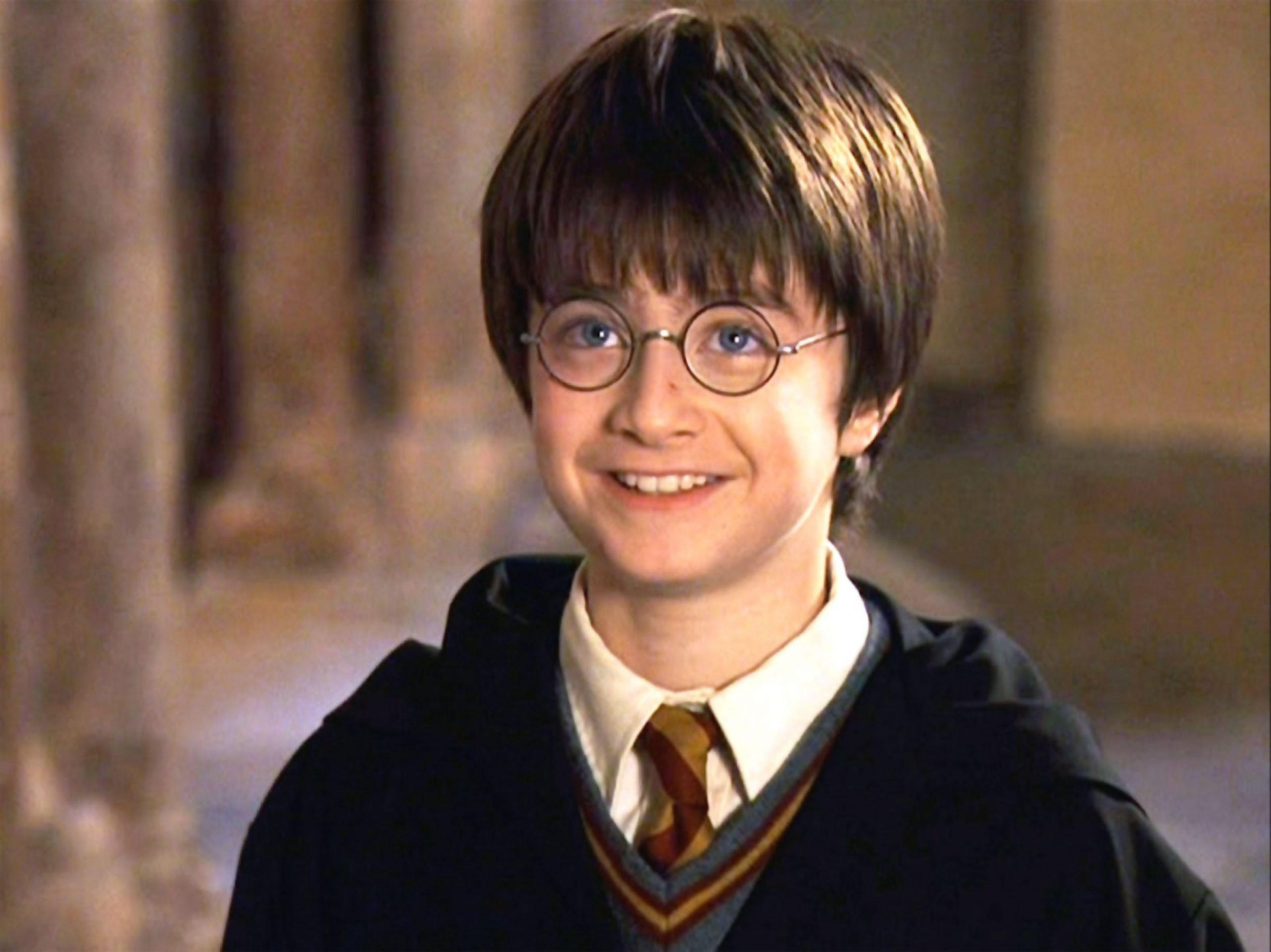 Harry Potter star Daniel Radcliffe looks almost unrecognisable with a HUGE beard in his new TV show!