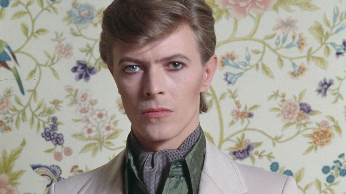 Heroes by David Bowie: The Story Behind The Song | Louder