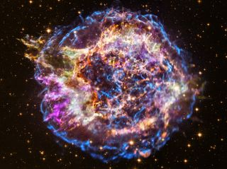 Watch As a Supernova Morphs and Its Speedy Shock Waves Reverse