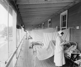 The Walter Reed Hospital flu ward in Washington D.C. treated patients during the 1918 flu pandemic.