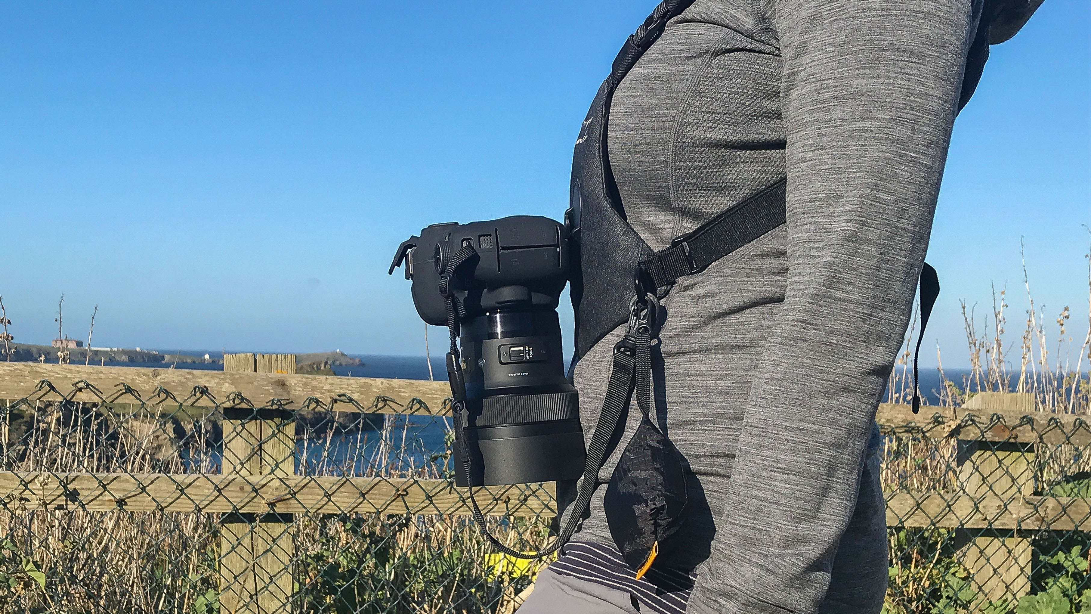 Cotton Carrier SKOUT Sling Style Harness for One Camera Camo