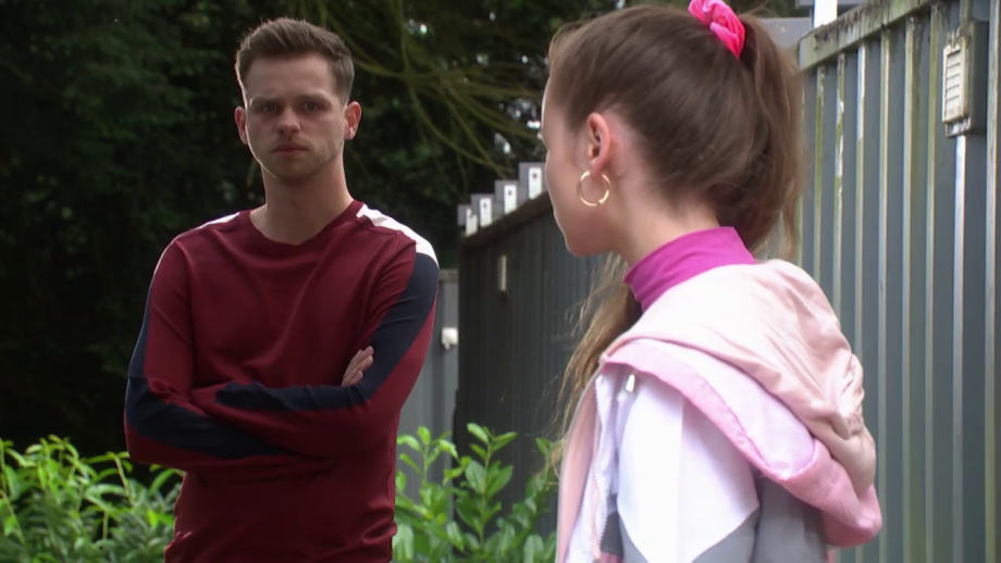 Juliet and Jordan in Hollyoaks