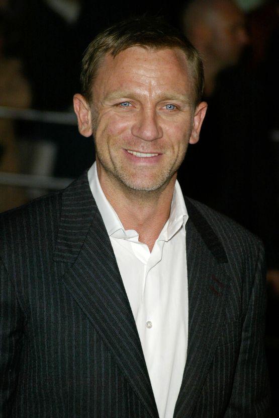 Daniel Craig and Rachel Weisz marry in secret